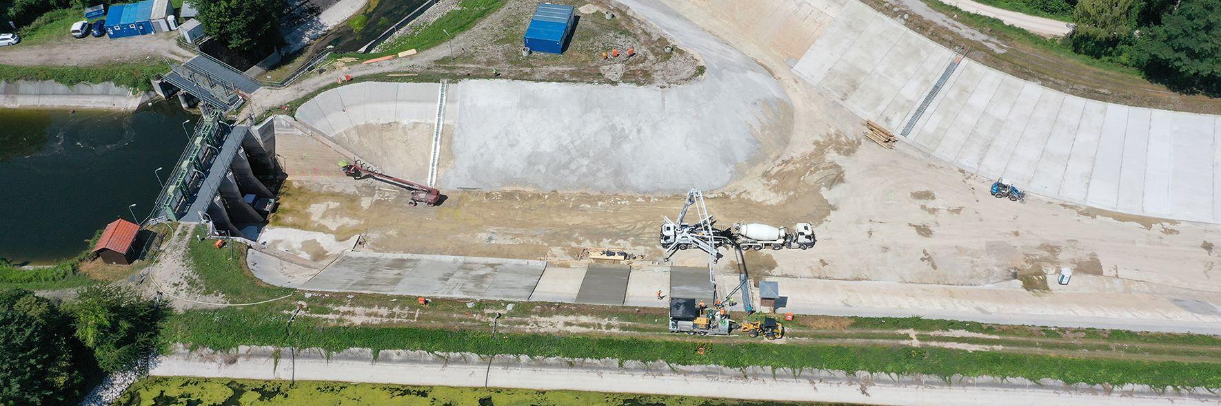 Innovationsreichtum für Dammsanierung Slider